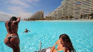 CHILE world largest swimming pool